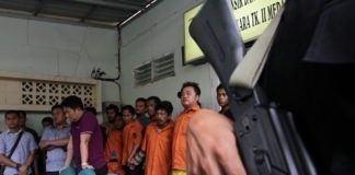Yogoy/Tujuh tersangka pembunuhan Kuna saat dipaparkan oleh Kapolda Sumut