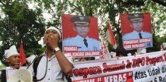 (Breaking News) Demo Guru Simalungun, Natarmila Damanik Rela Jual Tanah Demi Perpanjang SK PTT