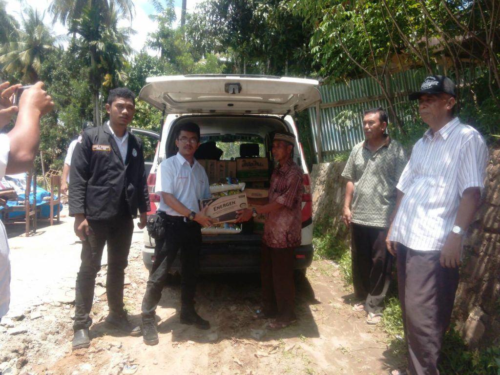 DPD DEMA Pospera Sumut dan Unimed Serahkan Bantuan Kepada korban Banjir Padang Sidempuan (2)