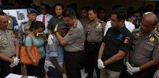 Keluarga Korban Pembakaran Rumah di Tuntungan Nangis Dipelukan Kapolda