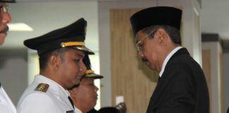 Lantik Wali Kota dan Bupati, Gubernur Erry
