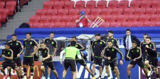 Timnas Meksiko berlatih jelang duel melawan Portugal di Piala Konfederasi 2017. Kedua tim bertemu di Kazan Arena, Minggu (18/6). (AP Photo/Martin Meissner)