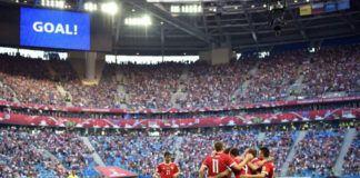 Para pemain Rusia merayakan gol ke gawang Selandia Baru (Foto: AFP)