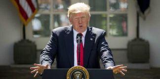 Foto: Donald Trump saat mengumumkan hengkangnya AS dari Kesepakatan Paris di Gedung Putih (1/6/) (AP Photo/Andrew Harnik)
