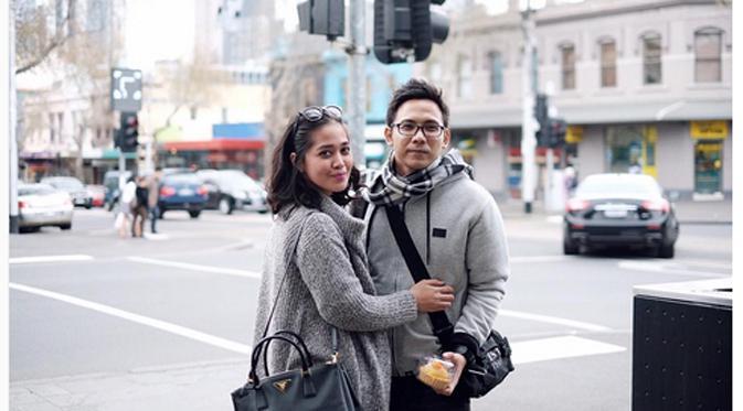Kabar gugatan cerai Gracia Indri kepada David NOAH sampai juga ke telinga mertuanya.