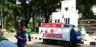 Demo Koalisi Masyarakat Anti Korupsi