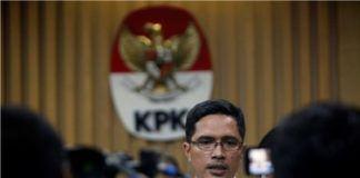 Foto: Juru Bicara KPK Febri Diansyah menyampaikan, pihaknya menetapkan tiga tersangka baru kasus gratifikasi.