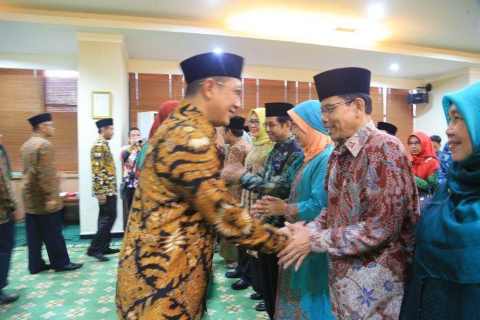 Foto: Menteri Agama Mengucapkan Selamat Kepada Rektor UIN dan IAIN serta Ketua STAIN yang baru dilantik.