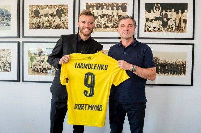 Andriy Yarmolenko (kiri) (Foto: situs resmi Dortmund)