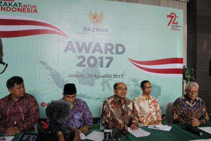Foto: Ketua Baznas Bambang Sudibyo saat Jumpa Pers Baznas Award 2017.