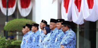 Foto: Upacara Peringatan HUT RI ke-72 di Kantor Pusat Kemendagri Jakarta, Kamis (17/8).