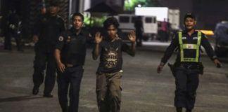 Polisi Filipina menembak mati puluhan pengedar narkotik di Manila. (REUTERS/Stringer)