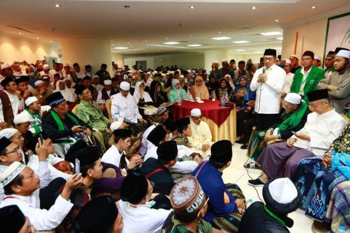 Foto: Menag Lukman beri sambutan pada Silaturahim NU Sedunia ke-16 di Makkah.