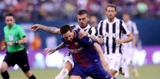 Suasana pertandingan Juventus vs Barcelona. (Foto: AFP/Elsa)