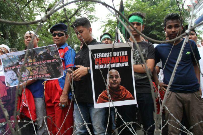 Demo Solidaritas Rohingya Medan