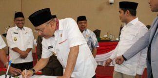 Foto: DPRD Setujui LPJ Walikota Medan 2016.