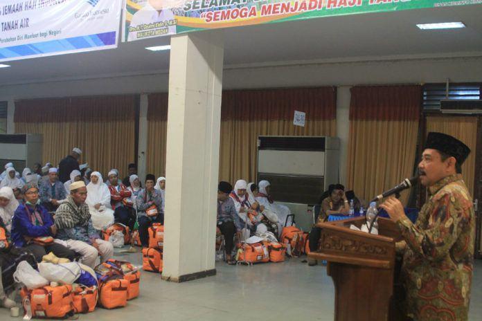 Foto: Sekretaris Daerah Kabupaten Labuhan Batu Ahmad Muflih saat memberikan sambutan.