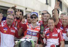 Pembalap Ducati, Jorge Lorenzo menyelesaikan balapan MotoGP Aragon 2017 dengan finis podium ketiga. (JAVIER SORIANO / AFP)