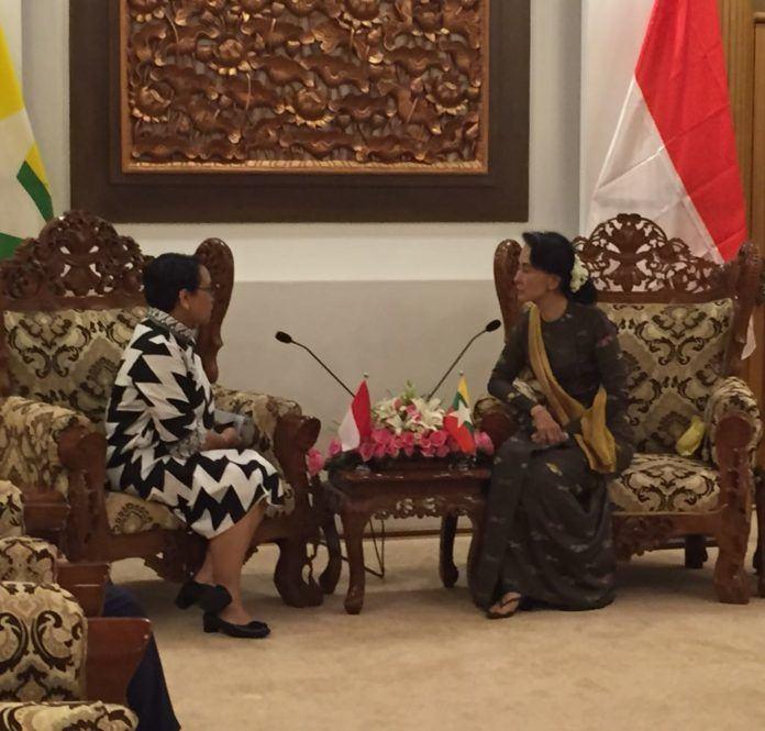 Foto: Menlu Retno bertemu Aung San Suu Kyi di May Pyi, Senin (4/9).