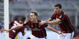Penyerang AC Milan, Nikola Kalinic, merayakan gol yang ia cetak ke gawang Udinese pada laga pekan keempat Serie A, Minggu (17/9). (doc. AC Milan)