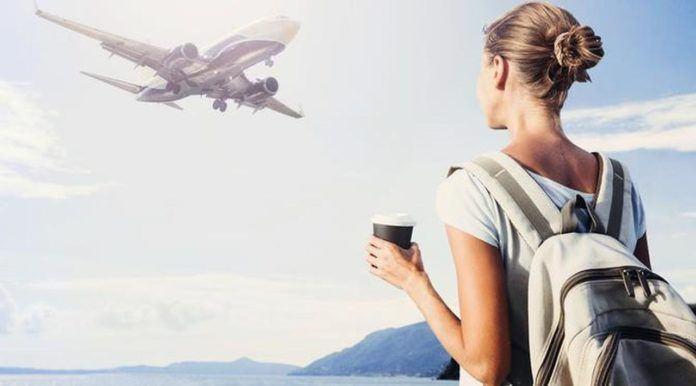 Di saat traveling Anda masih tetap bisa berhemat dan mengatur keuangan Anda. (Foto: iStockphoto)