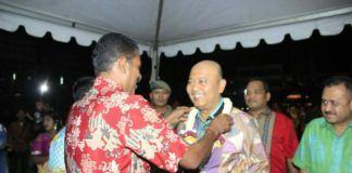 Foto: Walikota Medan Drs H T Dzulmi Eldin S M.Si saat menghadiri Perayaan Deepavali 5119 Kaliyuga yang diadakan di lapangan Ex. Taman Ria, Jalan Gatot Subroto Medan, Sabtu (28/10) malam.