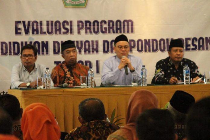 Foto: Direktur PD Pontren Ahmad Zayadi.