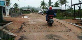 Proyek Pengerasan Jalan