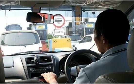 Foto: Taksi online.