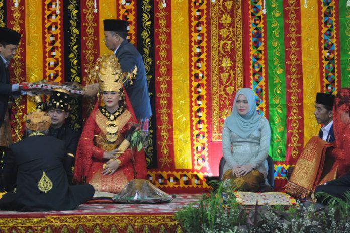 Bobby-Kahiyang di Medan