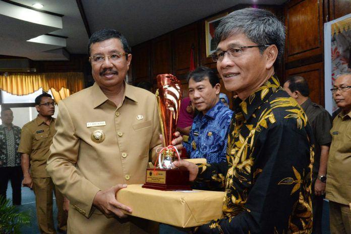 Raskin Award 2016