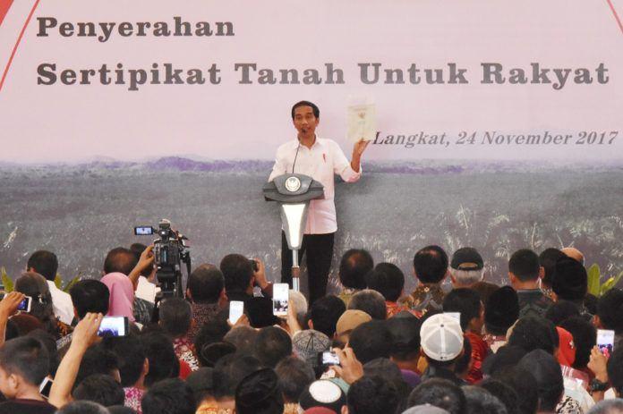 Jokowi ke Langkat, 9.000 Sertifikat Tanah Dibagikan