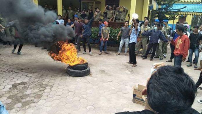 Aksi Mahasiswa Batu Bara