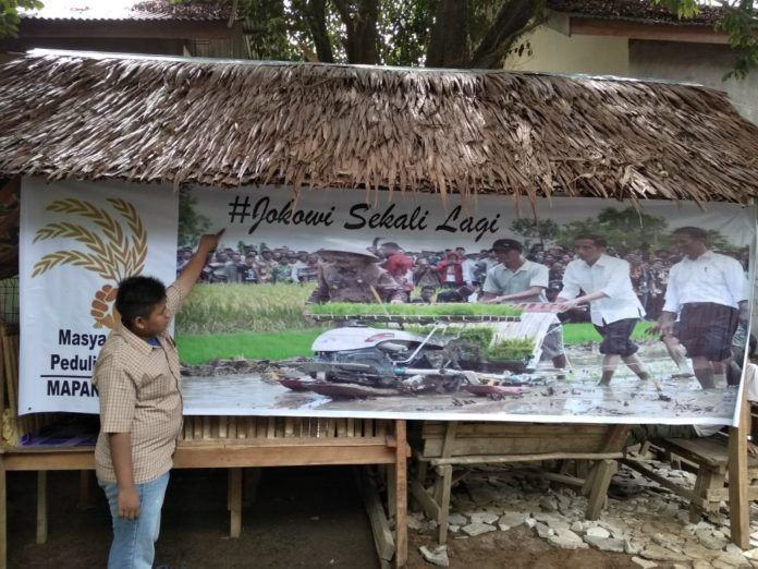 Spanduk Jokowi Sekali Lagi