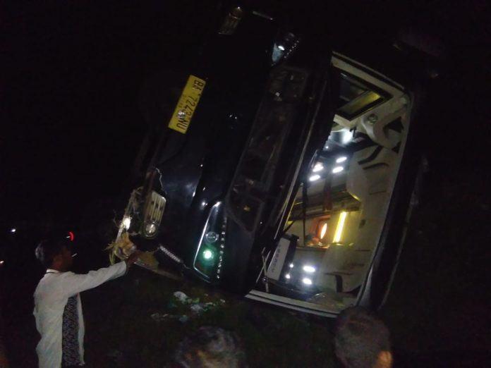 Bus Rombongan Terguling Jalinsum