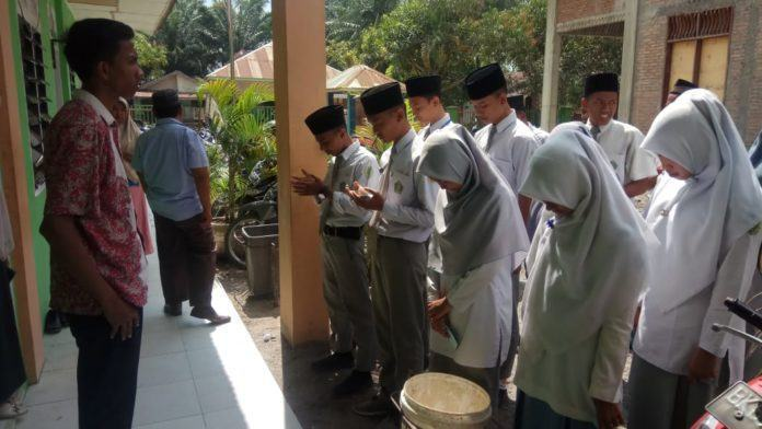 Kepala Sekolah MAS