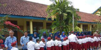 Pertama Masuk Sekolah