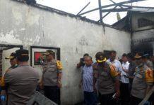 Pabrik Mancis Terbakar