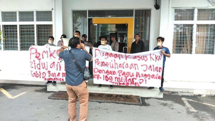 Diduga Korupsi Pemeliharaan Jalan Tabagsel, JMM Aksi Tutup Mulut!!!
