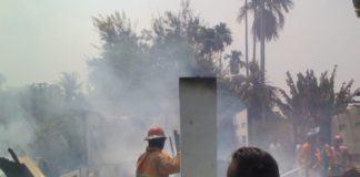 Tiga Rumah Terbakar di Langkat, Anggota TNI Ikut Padamkan Api