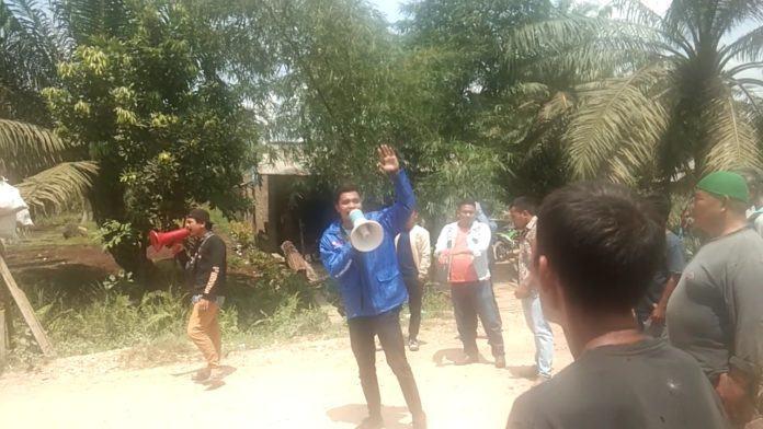 AMMPH Melakukan Aksi di PT CSR Negeri Lama
