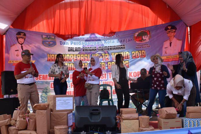 Hari Koperasi ke-72, Walikota dan Kapolres Banjar Jalan Sehat