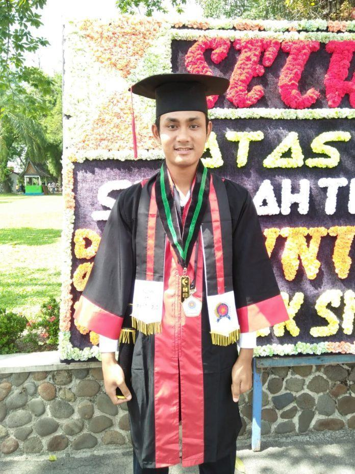 Dinamika Tantangan Perguruan Tinggi Dan Alumni Dalam Mencetak Lulusan Terbaik