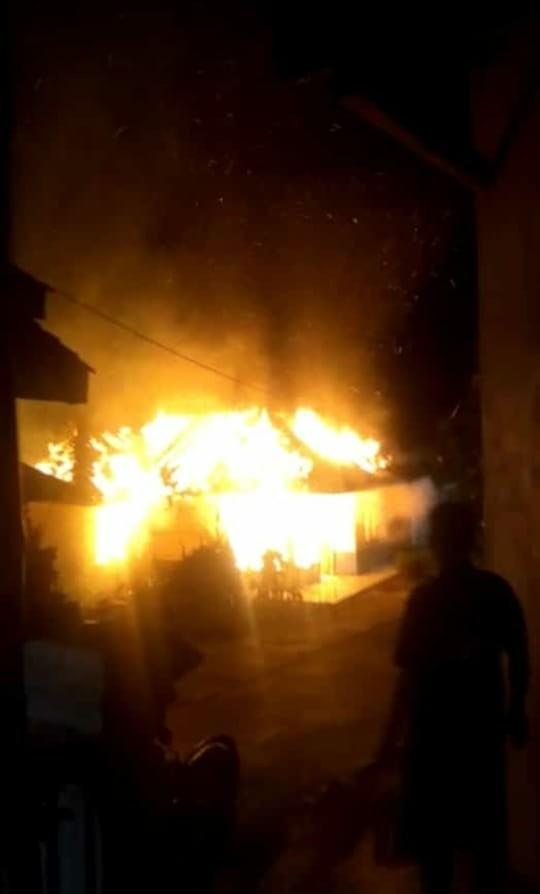 Kebakaran di Ciamis, Satu Rumah Warga Ludes Dilalap Si Jago Merah