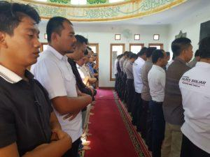 Polres Banjar, Adakan Shalat Ghaib Untuk Almarhum KH Maimun Zubair