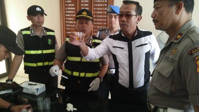 Antisipasi Pengaruh Narkoba, Ur Dokkes Polres Banjar Laksanakan Tes Urine Mendadak
