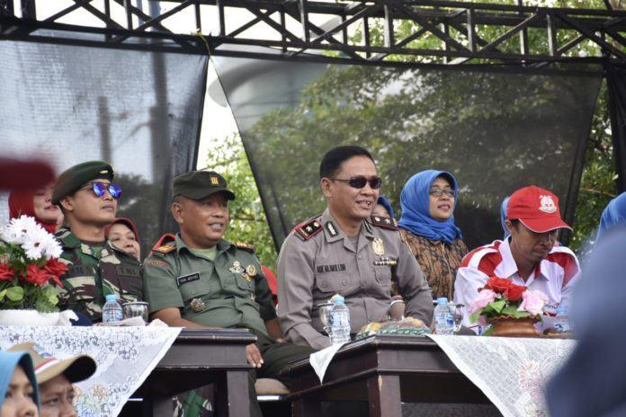Pawai Alegoris Banjar, Menarik Wisatawan dan Waka Polres Ikut Meriahkan