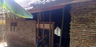 Seringnya Terjadi Guncangan Gempa Bumi, Dinding Rumah Warga Ambruk