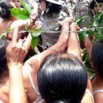 Aksi Toba Samosir, Emak-emak Protes Tanah Adat