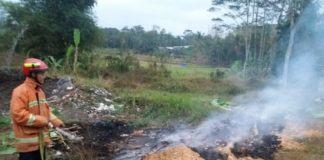 Lahan Bekas Pembuangan Limbah di Ciamis Terbakar